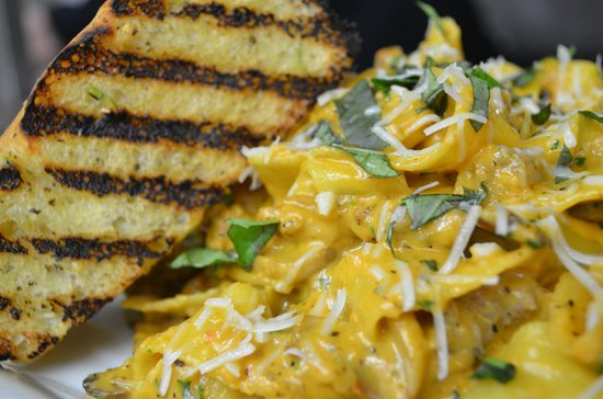 Fluid Bar and Grill: Pastas made with fresh, locally made pasta