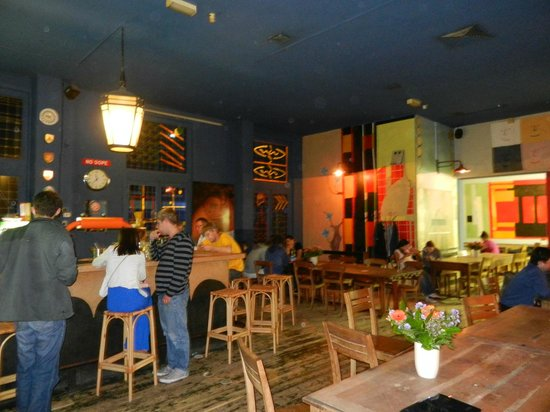 Hans Brinker Budget Hotel: Bar/Restaurante