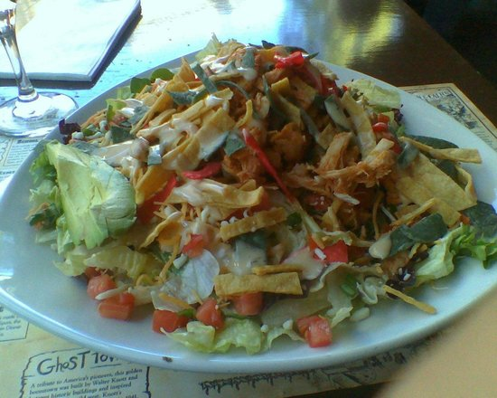 Ghost Town Grill: Chicken Chipotle Salad