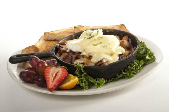 Blue Dining + Lounge: Breakfast Skillet
