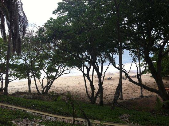 Punta Monterrey Beach: Playa.