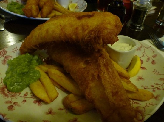 The Mitre Bar: Fish and chips