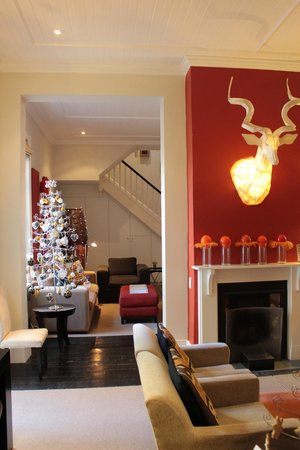 An African Villa: Lounge areas at Christmas