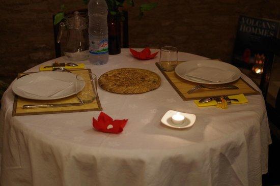 Dar Alif: Notre table pour le diner
