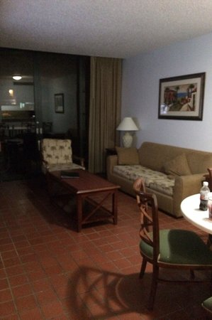 Park Royal Puerto Rico at Club Cala: Living and dining room. Floor to ceiling doors opening up to patio.  Too bad ours were broken. T
