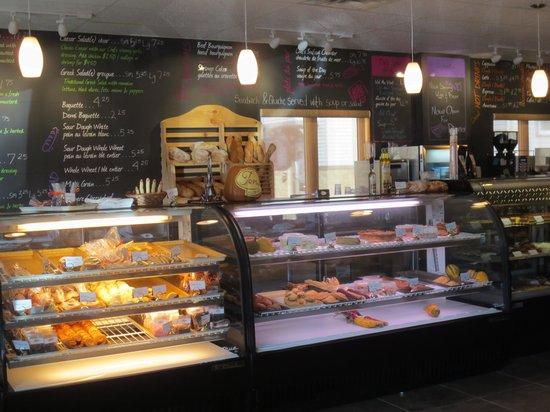 Tony's Bistro & Patisserie: meals to go, amazing breads