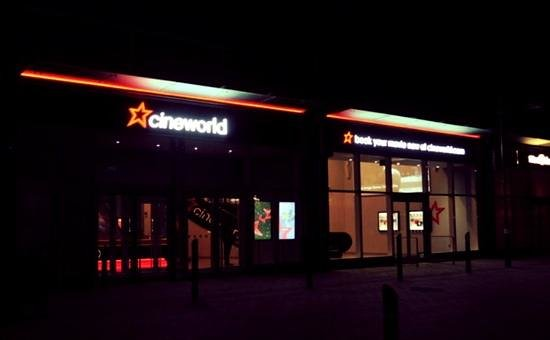 Cineworld Gloucester Quays : Cineworld from the outside
