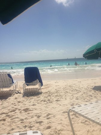Bougainvillea Beach Resort: Beach