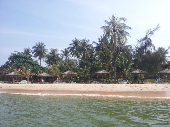 Thanh Kieu Beach Resort : plage hotel Than kieu