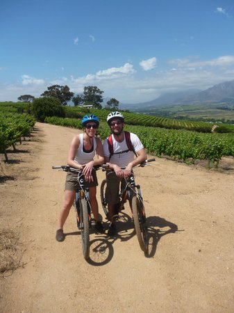 Lovane Boutique Wine Estate and Guest House: Bikes n Wines