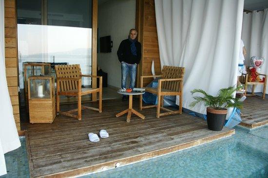 Vendita attico milano attico di mq con terrazzo e piscina