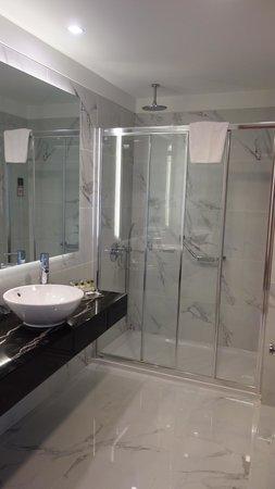 Innova Sultanahmet Istanbul: Bathroom