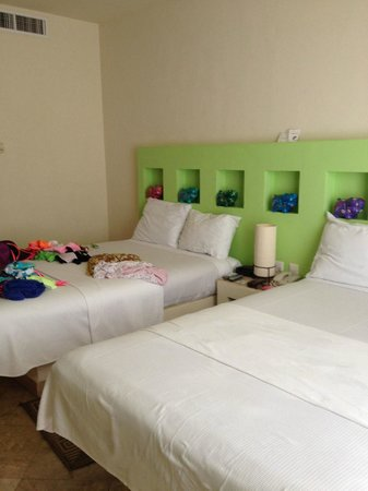 Ixchel Beach Hotel: Kids room