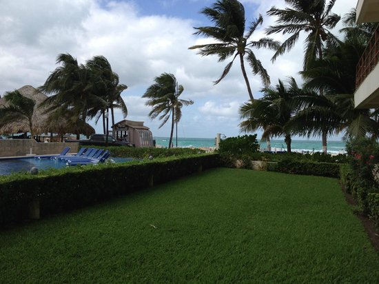 Ixchel Beach Hotel : Our view