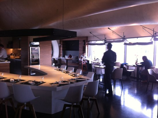En Rima Culinary Space: Restaurante