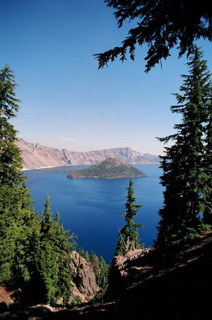 Crater Lake Lodge: Wizard Island, as visible from the veranda at Crater Lodge