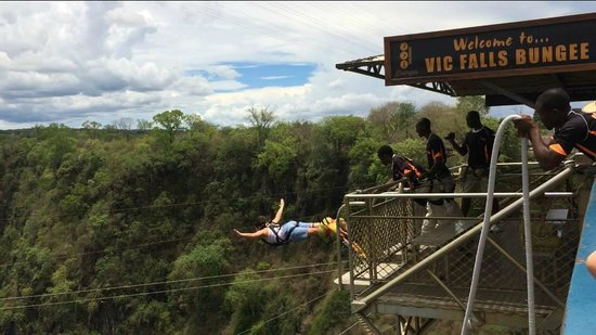 The Victoria Falls Hotel: Jumping from the bridge! :)