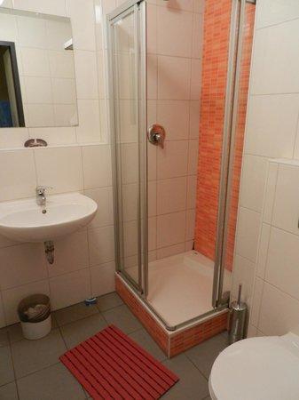 Wombat's Berlin: Banheiro do quarto