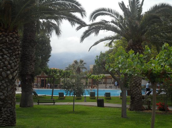 Cretan Malia Park : территория