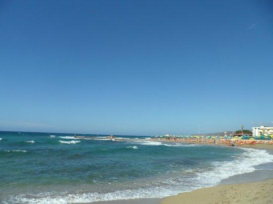 Cretan Malia Park : пляж