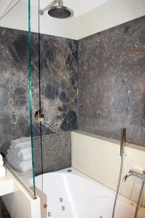 Hotel Stary : Banheiro double room