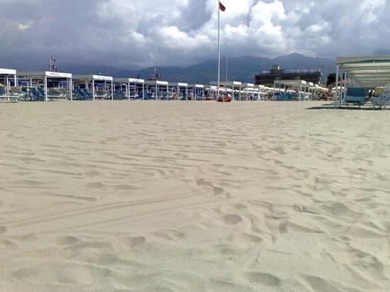 Bagno sirena beach club picture of bagno sirena del sud - Bagno roma marina di pietrasanta ...