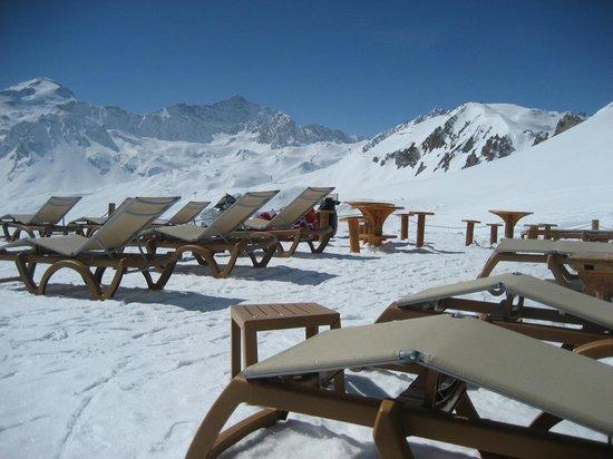 Lo Soli : quelle vue de la terrasse en neige !