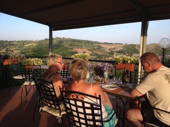 La Pieve Albergo Ristorante: Evening on the terrace