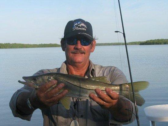 Fun fun fun fun picture of just hook em everglades for Everglades fishing guide