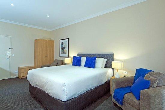 Comfort Inn & Suites Sombrero : King Room
