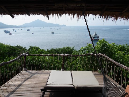 Koh Tao Cabana: View from the main deck or Bungalow front doors..