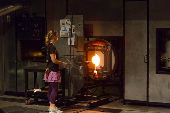 Museum of Glass: Glass blowing