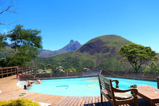 Pousada Le Siramat: Bela vista de uma das piscinas...