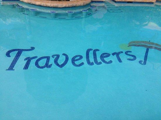 Travellers Beach Resort : the pool