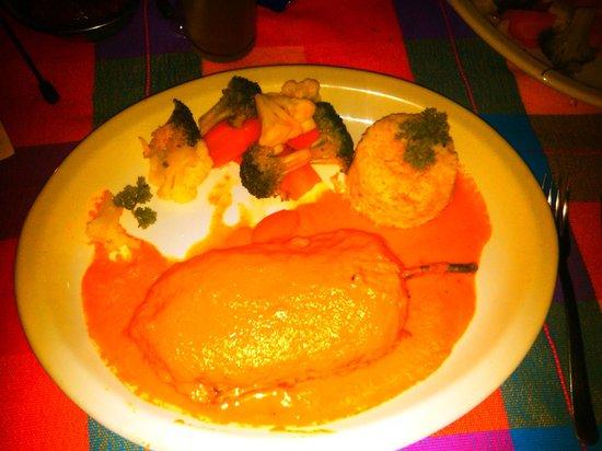 Lety's Restaurant: CHILE RELLENO DE MARISCOS