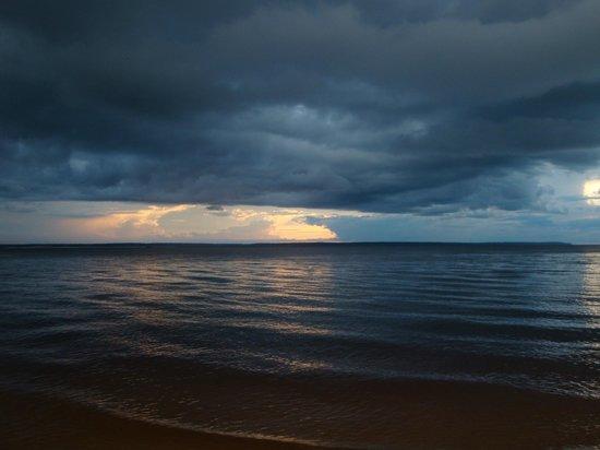 Tropical Manaus Ecoresort: praia do hotel