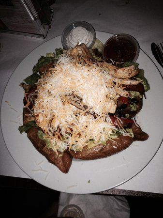 TJ Halpin's Restaurant: After a Rough day a fine Taco Salad hit the spot .