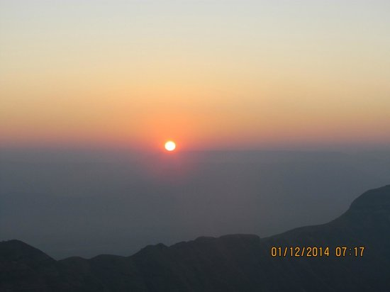 Rambagh Point: Sunrise at Rambaug Point