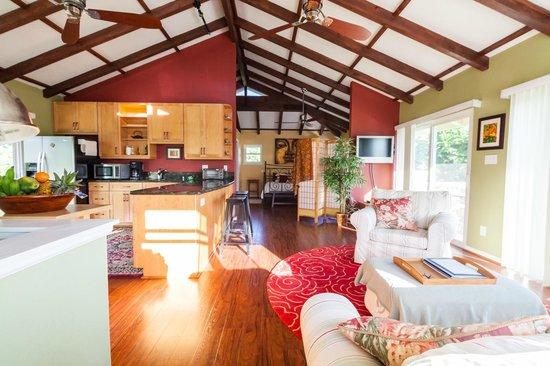 Hale Nalo Beach Rentals Zen Treehouse A 900 Square Foot Apartment Breezy