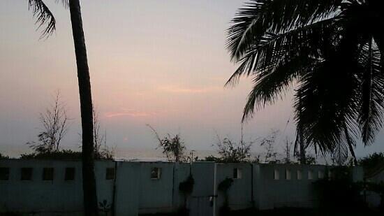 Payyambalam Beach: evening at Payyambalam