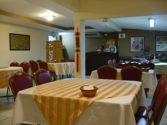Sian We : Inside restaurant