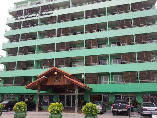 Cordial Serviced Apartments : вид отеля издалека
