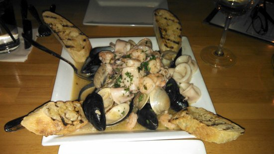 Cotto A Legna: Zuppa Di Mare...excellent!