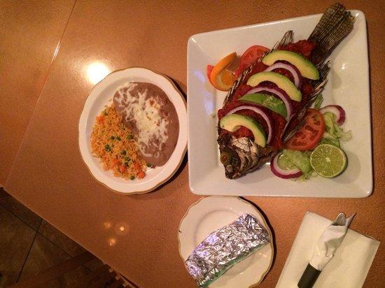 Mi Casa Mexican Grill: Mojarra a la Veracruzana!
