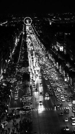 Triumphal Way (Voie Triomphale): Champs-Elysee -Voie Triomphale)