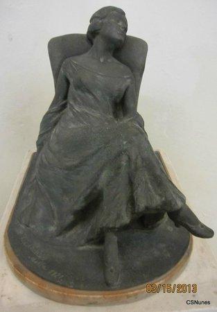 "National Museum of Fine Arts: Sculpture ""Reverie"" by Boris Edwards (bronze)"