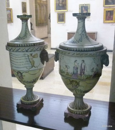 National Museum of Fine Arts: Artistic vases from the Museum's collection.