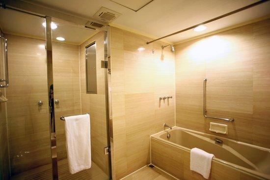 Fullerton Hotel East Taipei: Business Suite-Bathroom