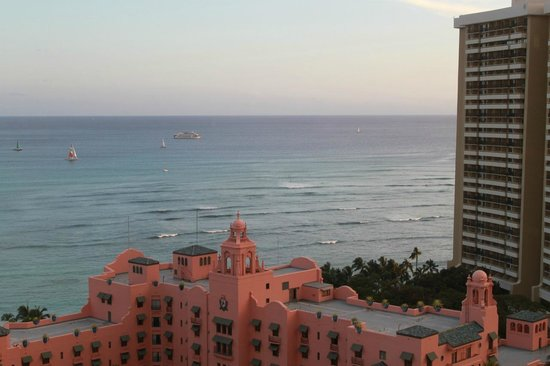 Top of Waikiki: Вид с ресторана
