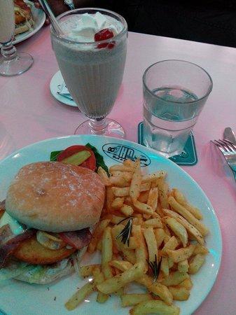 HD Diner Saint-Michel: St michel